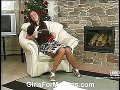 Christie&Jaclyn pussylicking mature in action