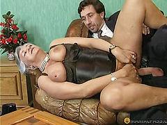 Flexible women fucked in pussy