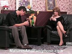 Rita&Vitas mature pantyhose video