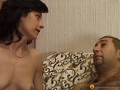 Her hairy pussy guy cums